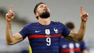 France's Olivier Giroud celebrates after scoring his team's first goal during the UEFA Nations League soccer match between France and Sweden held in Paris, France, 17 November 2020. Photo: EPA/Ian Langsdon