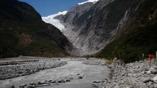 Tthe Franz Josef Glacier in New Zealand. The Fox and Franz Josef glaciers have been melting at such a rapid rate that it has become too dangerous for tourists to hike onto them from the valley floor, ending a tradition that dates back a century.