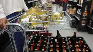 Western Cape Premier Alan Winde has expressed concern over the impact the alcohol ban is having, and will continue to have, on the province. Picture: Courtney Africa/African News Agency