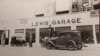 The original Lewis' Garage in Playfair road in the early 1930s.