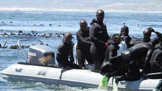 Suspected abalone poachers at Pearly Beach, 20 km from Gansbaai on the Overberg Coast. Picture: Supplied
