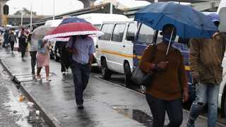 South Africa - Durban - 28 January 2021 - Anatopix - Heavy rains continue falling in Durban and other parts in Kwa-Zulu Natal, causing wet, slipery roads and flooding in most areasPicture: Doctor Ngcobo/African News Agency(ANA)