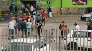 Hundreds of panic buyers queue outside Giant hyper in Brackenfell. Picture: Henk Kruger/African News Agency (ANA)