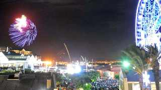 Cape Town - 130101 - Fireworks explode over the V&A Waterfront as New Year's rolls in. Thousands braved the wind and the cold to party at the Waterfront on New Year's Eve but the wind caused the 5fm party to be cancelled for safety reasons. - Photo: Matthew Jordaan
