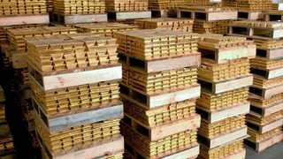 Gold sales to Zimbabwe's sole buyer and exporter of bullion Fidelity Printers and Refiners (FPR) fell 31 percent to 19 tonnes last year after lower deliveries from small-scale miners. Photo: File
