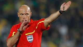 Referee Howard Webb of England gestures during the 2010 World Cup second round soccer match between Brazil and Chile at Ellis Park Stadium in Johannesburg on June 28, 2010. Photo: Kai Pfaffenbach/Reuters