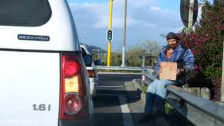 The Covid-19 lockdown restrictions pushed nearly 700 000 more people out of jobs in the second quarter, while slashing salaries for those that are employed. Picture : Ian Landsberg/African News Agency (ANA)