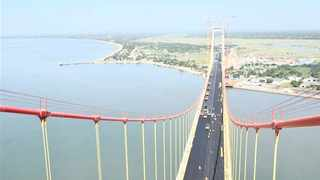 The Maputo Bay bridge that links KwaZulu-Natal with Mozambique was officially opened at the weekend. Xinhua