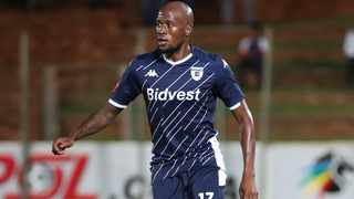 Sifiso Hlanti's agent, Sizwe Ntshangase, says the player is keen to stay in Gauteng. Photo: Gavin Barker/BackpagePix