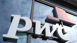 THE COMBINED headline earnings of South Africa's major banks fell by 48.4 percent to R43.6bn in the 2020 financial year, says PwC. File photo.