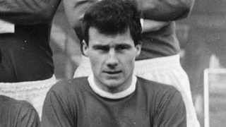 Phil Chisnall, the last player to transfer directly between Manchester United and Liverpool, has died at the age of 78. Photo: @LFCMAGAZINE/Twitter