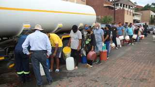 Pump stations have not been working in Chatsworth leaving thousands of people without water for a week.