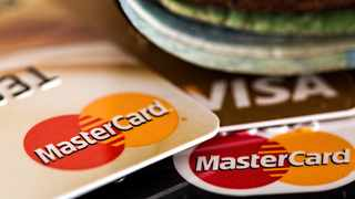 Establishments should be very careful against fraudulent activity that could see them lose thousands of rands. Picture: Steve Buissinne/Pixabay