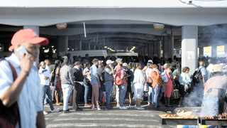Cape Town taxi rank. Economists and financial experts are saying that while it's not yet a doomsday scenario, the South African economy is in for a rough ride. Picture: Armand Hough/African News Agency(ANA)