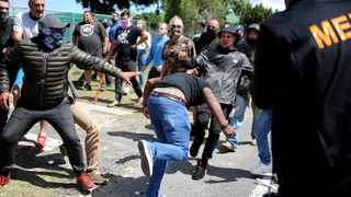 Police had to restore order after clashes between EFF protesters and residents outside Brackenfell High School. Picture: Ayanda Ndamane / African News Agency (ANA)