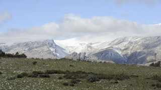 Snow covers parts of the Matroosberg mountains in Ceres. File picture: Leon Lestrade, Independent Media