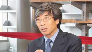 Patrick Soon-Shiong, who was born in Port Elizabeth, is the owner of ImmunityBio and NantKwest which has designed a vaccine that seeks to protect people from infection caused by variants of the coronavirus. Picture. Reed Hutchinson