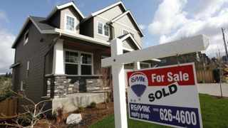 Here are three financial tips for prospective home buyers. (Note: these apply to single men, too.) File Image: REUTERS