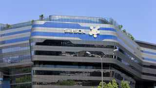 Sasol, which operates in 32 countries, said it expected that half-year headline earnings per share to December would likely fall by 20 percent. Photo: Dimpho Maja/African News Agency (ANA)