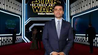 Oscar Isaac arrives at the premiere of 'Star Wars: The Force Awakens' in Hollywood, California December 14, 2015. Reuters/Mario Anzuoni
