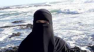 A Muslim woman from Paarl is traumatised after allegedly being attacked for wearing her religious attire. Photo: Supplied