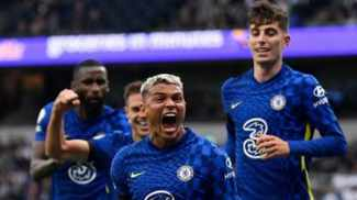 Blues win at Spurs to go top