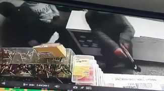 WATCH: Three armed robbers hit store