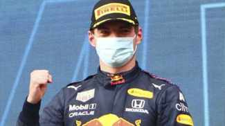 Verstappen wins at chaotic Imola