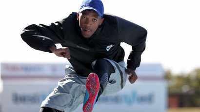Hurdler Zazini and distance runner Scott-Efurd first SA athletes in action on Friday