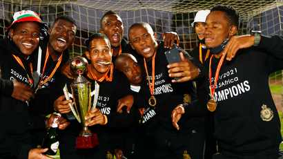 SA football fraternity braced for the mother of all stand-offs