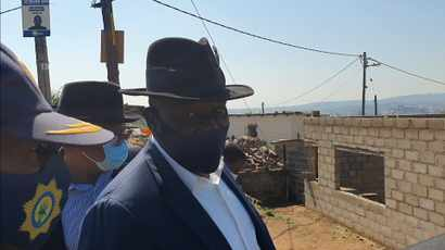 WATCH: Affiliations don't matter, we are here to find a criminal - Bheki Cele