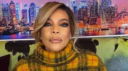 Wendy Williams didn't wash after being touched by Halle Berry