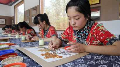 China's experience and contribution to poverty alleviation