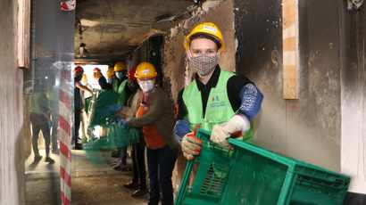 Church volunteers lend a helping hand at damaged UCT Jagger Library