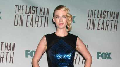 January Jones saves her dog from rattlesnake