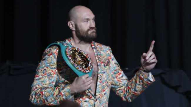 APPELTJIE TE SKIL: Current champion Tyson Fury