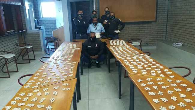SUPPLY: Three suspects were arrested after mandrax and tik were found. Picture supplied