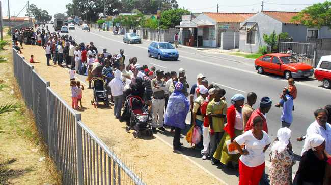 Scores of unemployed turned away after queuing for R350 special Covid-19 grant