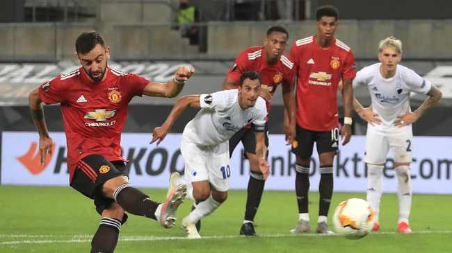 CHASING THE DREAM: Bruno Fernandes and United in semis