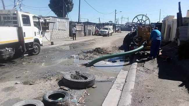 The City of Cape Town has withdrawn water and sanitation services from Samora Machel until further notice after a staff member was shot while they were repairing a collapsed sewer pipeline. The man and his colleagues were working on Helen Joseph Street when they were robbed by four young skelms.pic Mandi