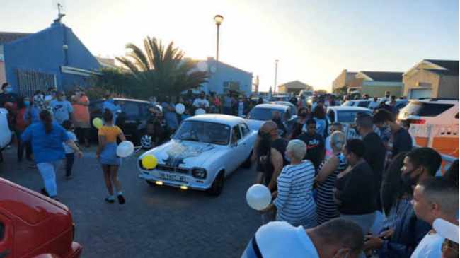 FAREWELL: Streets of Strandfontein packed