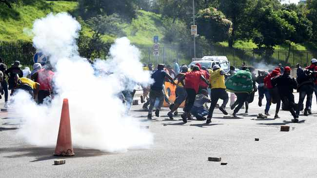 CHAOS: Wits University students are protesting over tuition fees. Picture: Itumeleng English/African News Agency(ANA)
