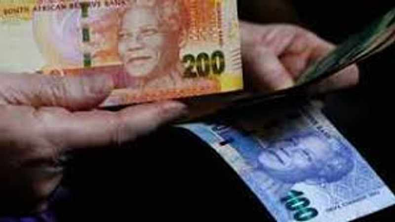 Rand whipsaws as Moody's expresses concerns over SA's post Covid-19 economic recovery, Newsline