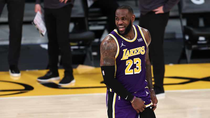 1b6a610c 658d 5ab1 9938 89366e341edb&operation=CROP&offset=0x50&resize=3049x1716 - 'We live in two Americas', says Lebron James after US Capitol violence