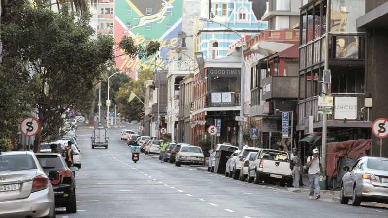 7c649990 f824 5e26 924c fd9e0e2b1878 - Winde urges Cape residents to go out and support businesses