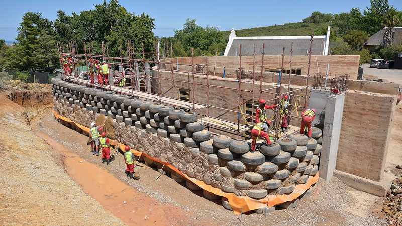 City of Cape Town erects multipurpose centre from recycled rubble, Newsline