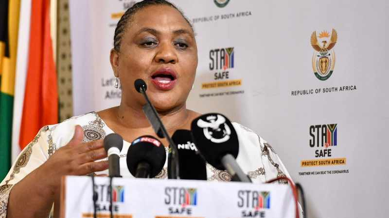 MPs back Didiza for releasing      700 000 hectares of land to emerging farmers, Newsline
