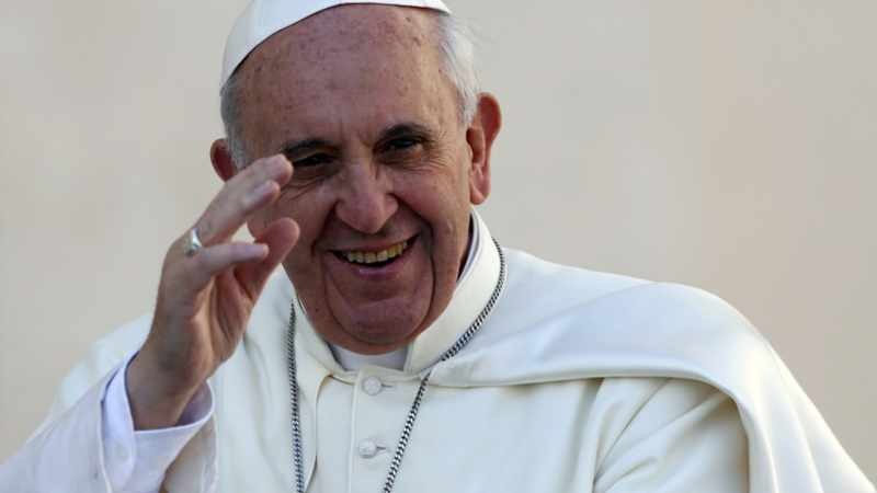 b929acde c903 5832 ba56 0054a80fa35a - Free market 'trickle-down' policies fail society, Pope Francis says