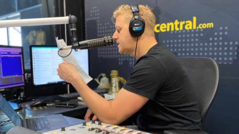 Gareth Cliff goes from R10K Covid-19 fine to red flag on his US election 'facts', Newsline