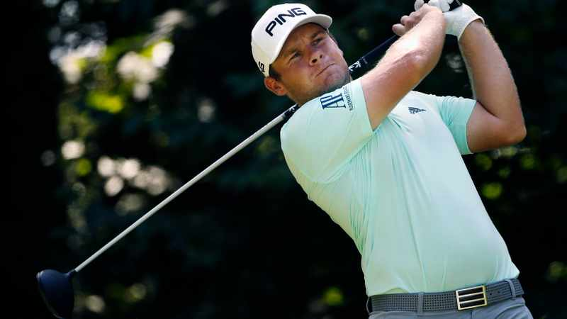 f1c64b29 ee53 5d57 8650 df185dccaa23 - England's Hatton shares lead at Wentworth